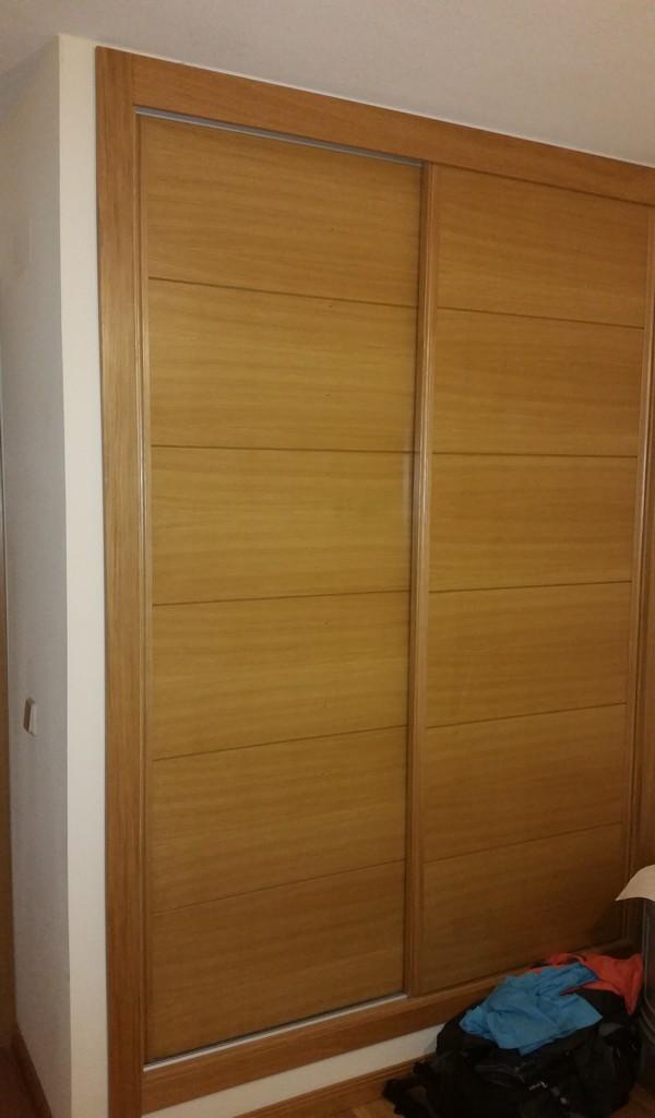 Armarios de madera a medida en le n carpinteria jacobson - Diseno de armarios online ...